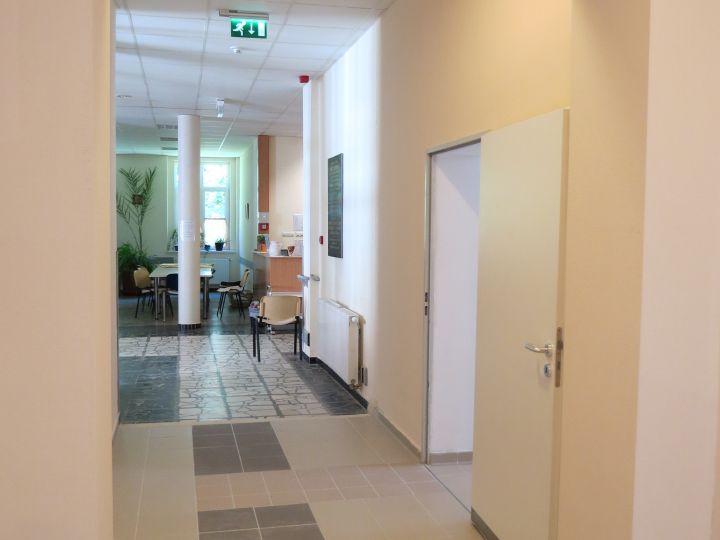 Zirc Városi Erzsébet Kórház - Krónikus Belgyógyászati épület rekonstrukciója